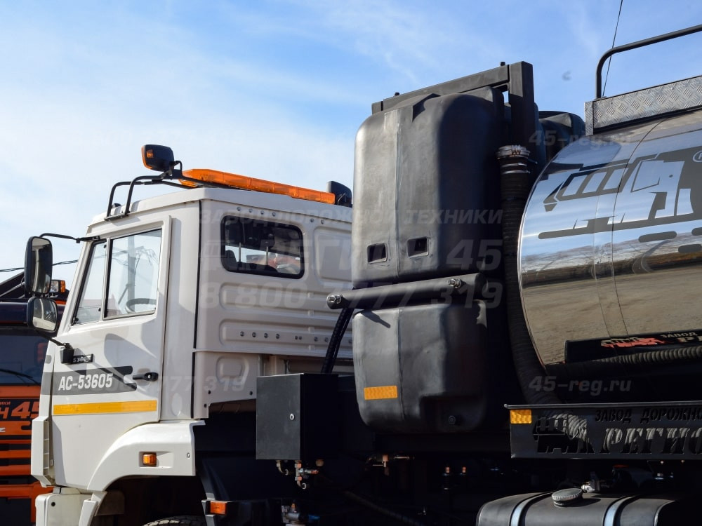 Купить Автогудронатор комбинированный на шасси КамАЗ АС-53605 «Регион 45»